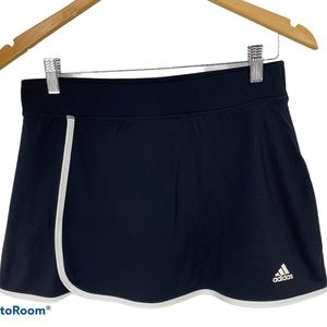 Adidas ClimLite tennis Skort SZ S black and white